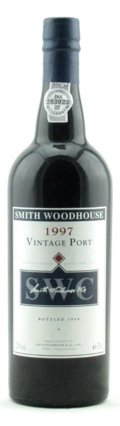 bottle of smith woodhouse 1997 vintage port